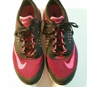 Nike Fitsole  Running Athletic Shoes
